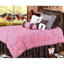 Фотография: Спальня в стиле Кантри, Современный, Декор интерьера, Декор дома, Ковер – фото на InMyRoom.ru