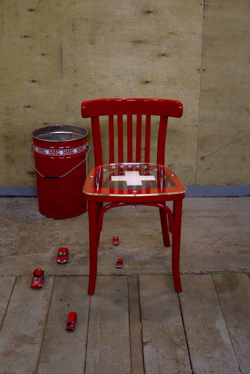 Фотография: Мебель и свет в стиле Современный, August, Индустрия, Люди, Стулья – фото на InMyRoom.ru