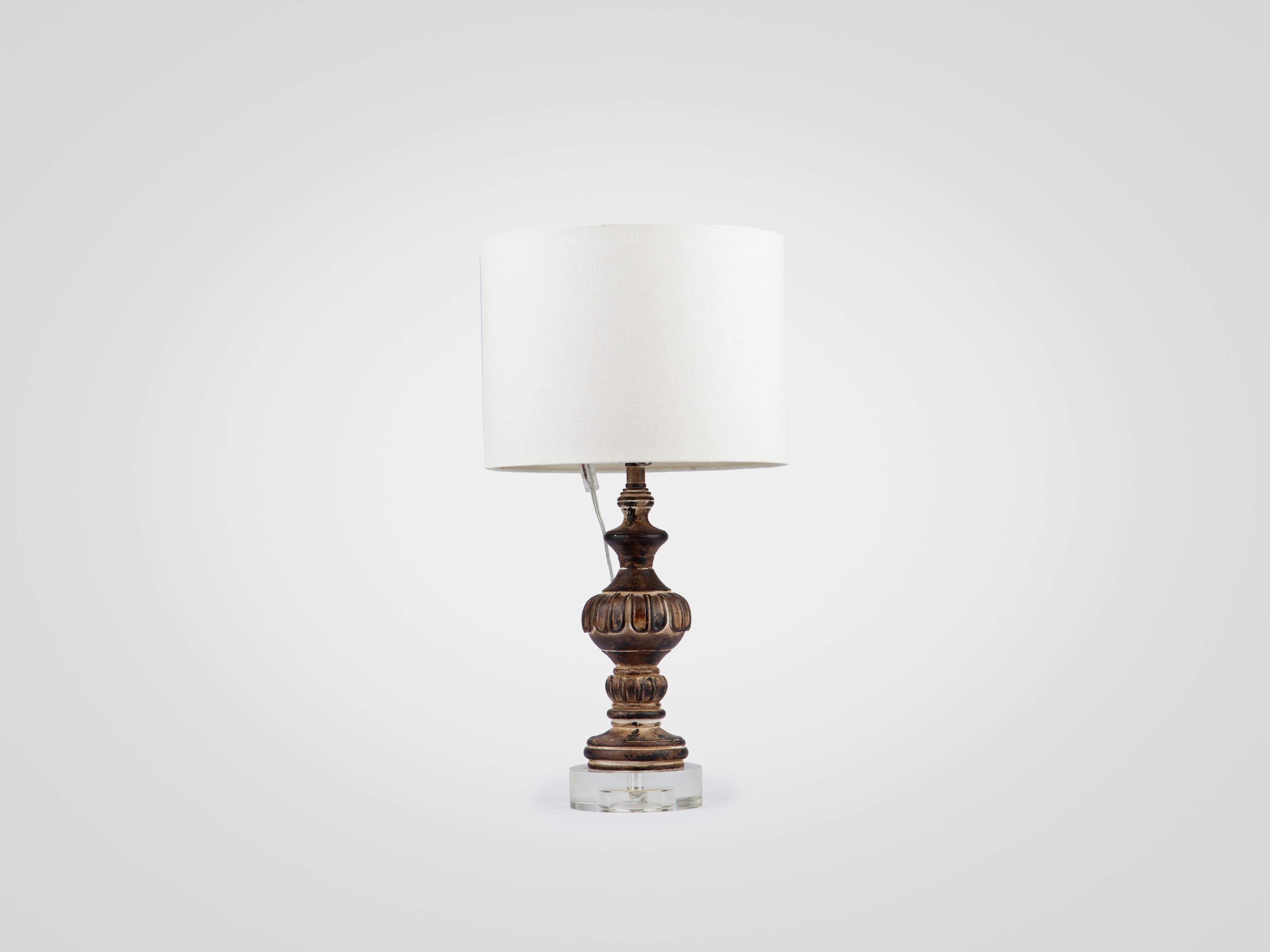 Лампа настольная на декоративной ножке украшенной патиной и старением, inmyroom, Китай  - Купить