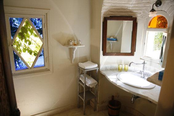Фотография: Ванная в стиле Прованс и Кантри, Дома и квартиры, Городские места – фото на InMyRoom.ru