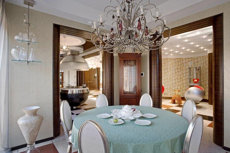 Фотография: Кухня и столовая в стиле Современный, Дом, Дома и квартиры, Ар-деко – фото на InMyRoom.ru