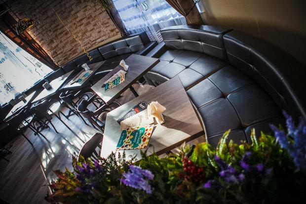 Фото из портфолио Кафе в г. Луга – фотографии дизайна интерьеров на INMYROOM