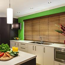 Фотография: Кухня и столовая в стиле Современный, Декор интерьера, Квартира, Дизайн интерьера, Цвет в интерьере – фото на InMyRoom.ru