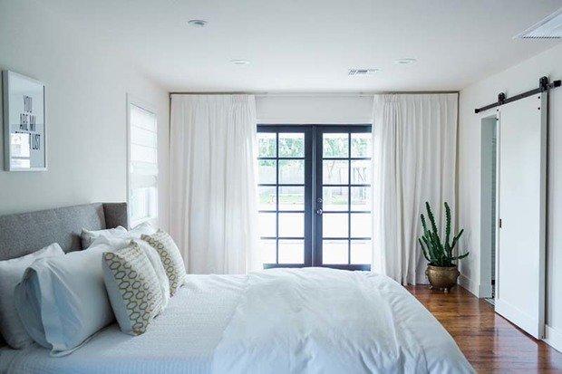 Фотография: Спальня в стиле Скандинавский, Белый, Минимализм, Переделка, Ремонт на практике – фото на InMyRoom.ru