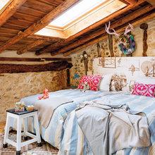Фотография: Спальня в стиле Кантри, Скандинавский, Декор интерьера, Дом, Аксессуары, Красный – фото на InMyRoom.ru
