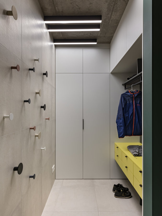 Фотография: Прихожая в стиле Современный, Квартира, Проект недели, Минск, 3 комнаты, 60-90 метров, Юлия Мурыгина – фото на INMYROOM