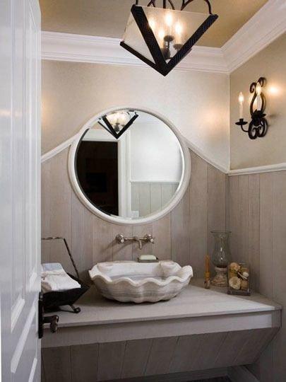 Фотография: Ванная в стиле Прованс и Кантри, Декор интерьера, Дизайн интерьера, Декор, Цвет в интерьере, Морской – фото на InMyRoom.ru