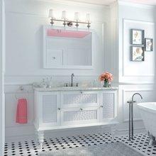 Фотография: Ванная в стиле Кантри, Декор интерьера, Дизайн интерьера, Цвет в интерьере, Потолок – фото на InMyRoom.ru