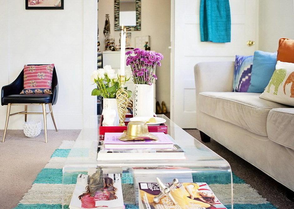 Фотография: Гостиная в стиле Скандинавский, Малогабаритная квартира, Квартира, Цвет в интерьере, Дома и квартиры – фото на InMyRoom.ru