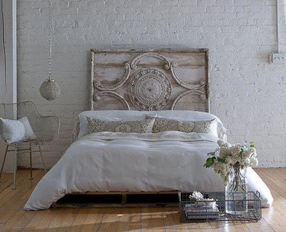 Фотография: Спальня в стиле Лофт, Декор интерьера, Декор дома – фото на InMyRoom.ru