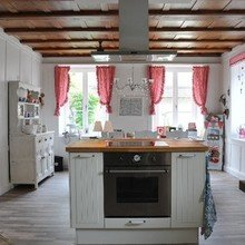 Фотография: Кухня и столовая в стиле Кантри, Мебель и свет, IKEA, Интервью, ИКЕА – фото на InMyRoom.ru