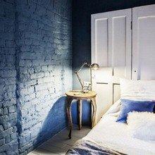 Фотография: Спальня в стиле Лофт, Кантри, Скандинавский, Декор, Советы, Ремонт на практике, кирпич в интерьере, покраска кирпичной стены, кирпичная стена, кирпичная стена в интерьере, краска для кирпичной стены – фото на InMyRoom.ru
