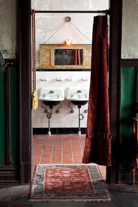 Фотография: Ванная в стиле Прованс и Кантри, Лофт, Декор интерьера, Декор, Советы – фото на InMyRoom.ru