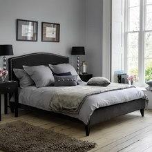 Фотография: Спальня в стиле Кантри, Декор интерьера, Дизайн интерьера, Цвет в интерьере, Белый, Синий, Серый – фото на InMyRoom.ru