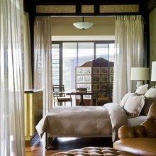 Фотография: Спальня в стиле Восточный, Декор интерьера, Текстиль, Советы, Шторы, Балдахин – фото на InMyRoom.ru