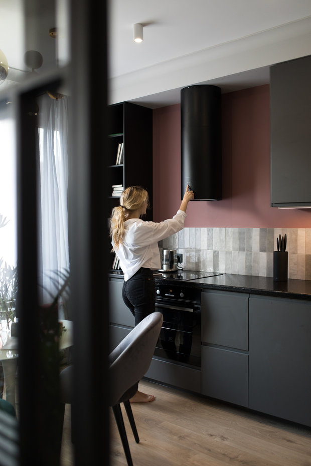 Фотография: Кухня и столовая в стиле Современный, Квартира, Студия, Проект недели, Санкт-Петербург, 1 комната, до 40 метров, Нина Иваненко – фото на INMYROOM