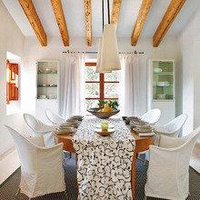 Фотография: Кухня и столовая в стиле Кантри, Дом, Дома и квартиры, Балки, Майорка – фото на InMyRoom.ru