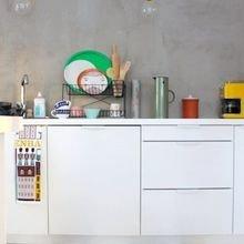 Фотография: Кухня и столовая в стиле Скандинавский, Декор интерьера, Мебель и свет, Цвет в интерьере, Ковер – фото на InMyRoom.ru