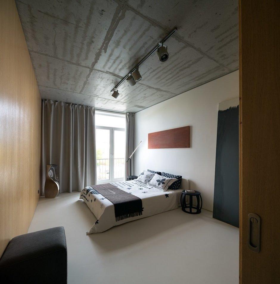 Фотография: Спальня в стиле Лофт, Малогабаритная квартира, Квартира, Украина, Дома и квартиры – фото на InMyRoom.ru