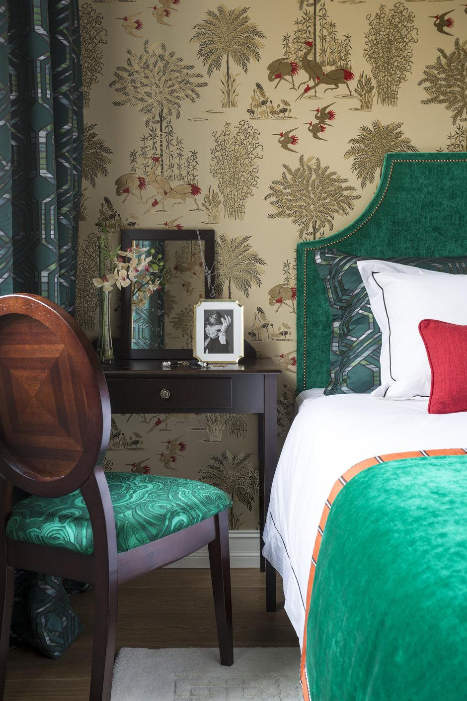 Фотография: Спальня в стиле Классический, Квартира, Проект недели, Москва, Сталинка, 3 комнаты, 60-90 метров, Марина Жукова – фото на InMyRoom.ru