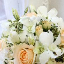 Фото из портфолио Свадебные букеты и аксессуары – фотографии дизайна интерьеров на INMYROOM