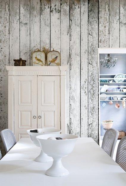 Фотография: Кухня и столовая в стиле Прованс и Кантри, Декор интерьера, Декор дома, Обои, Стены, Картины, Принт, Панно, Roommy.ru – фото на InMyRoom.ru