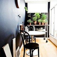 Фотография: Балкон в стиле Скандинавский, Кухня и столовая, Декор интерьера, Мебель и свет, Стол – фото на InMyRoom.ru