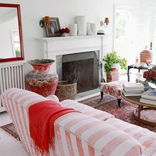 Фотография: Гостиная в стиле Кантри, Дом, Цвет в интерьере, Дома и квартиры, Белый, Красный – фото на InMyRoom.ru