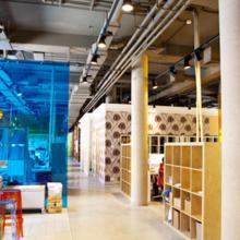 Фотография: Офис в стиле Лофт, Современный, Офисное пространство, Индустрия, Люди – фото на InMyRoom.ru