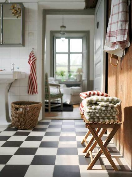 Фотография: Ванная в стиле Скандинавский, Индустрия, Люди, IKEA – фото на InMyRoom.ru