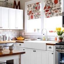Фотография: Кухня и столовая в стиле Кантри, Декор интерьера, Квартира, Декор, Советы, Подоконник, Окно – фото на InMyRoom.ru