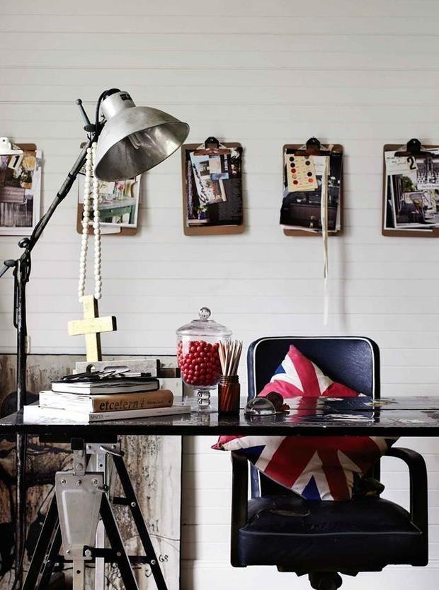 Фотография: Кабинет в стиле Скандинавский, Эклектика, Декор интерьера, Дом, Декор, Черный – фото на INMYROOM