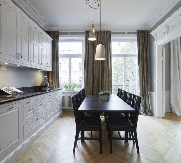 Фотография: Кухня и столовая в стиле Классический, Современный, Декор интерьера, Квартира, 4 и больше, Более 90 метров – фото на InMyRoom.ru