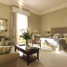 Фотография: Спальня в стиле Классический, Гостиная, Интерьер комнат – фото на InMyRoom.ru