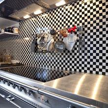 Фотография: Кухня и столовая в стиле Кантри, Современный, Декор интерьера, Квартира, Дом, Дизайн интерьера, Цвет в интерьере – фото на InMyRoom.ru