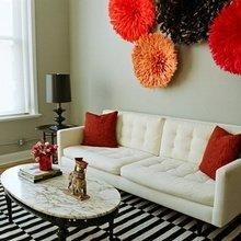 Фотография: Гостиная в стиле Классический, Эклектика, Декор интерьера, Декор, Декор дома, Цвет в интерьере, Стены – фото на InMyRoom.ru