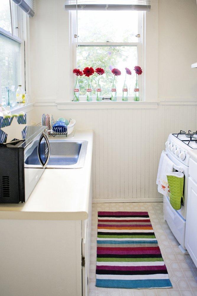 Фотография: Кухня и столовая в стиле Скандинавский, Малогабаритная квартира, Квартира, Цвет в интерьере, Дома и квартиры – фото на InMyRoom.ru
