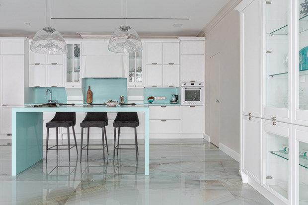 Фотография: Кухня и столовая в стиле Классический, Современный, Квартира, Проект недели, 3 комнаты, Более 90 метров, Иркутск, Мария Бадяева – фото на INMYROOM