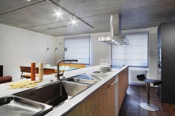 Фотография: Кухня и столовая в стиле Лофт, Квартира, Дома и квартиры, Минимализм, Градиз – фото на InMyRoom.ru