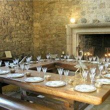 Фотография: Кухня и столовая в стиле Кантри, Дома и квартиры, Городские места, Замок – фото на InMyRoom.ru