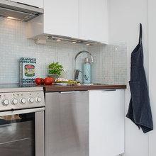 Фотография: Кухня и столовая в стиле Скандинавский, Современный, Малогабаритная квартира, Квартира, Швеция, Мебель и свет, Дома и квартиры – фото на InMyRoom.ru