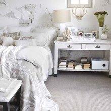 Фотография: Спальня в стиле Скандинавский, Кантри, Карта покупок, Франция, Праздник, Индустрия, IKEA, Цветы, Zara Home, Roommy.ru, Debenhams, 8 марта – фото на InMyRoom.ru