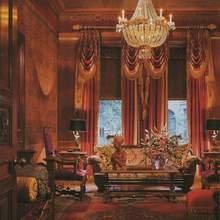 Фотография: Гостиная в стиле Классический, Современный, Дома и квартиры, Интерьеры звезд – фото на InMyRoom.ru