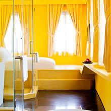 Фотография: Ванная в стиле Современный, Дома и квартиры, Городские места, Поп-арт, Индустриальный, Неон – фото на InMyRoom.ru