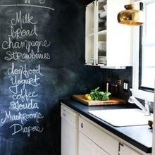 Фотография: Кухня и столовая в стиле Скандинавский, Декор интерьера, DIY, Декор, грифельная краска, графитовая краска, краска для школьных досок в интерьере, грифельная краска с эффектом школьной доски – фото на InMyRoom.ru