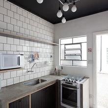 Фотография: Кухня и столовая в стиле Лофт, Советы, Ремонт, Потолок, Ремонт на практике – фото на InMyRoom.ru