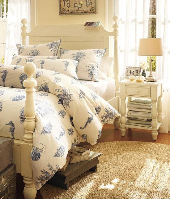 Фотография: Спальня в стиле Прованс и Кантри, Декор интерьера, Квартира, Аксессуары, Декор, Мебель и свет, Эко, эко-френдли – фото на InMyRoom.ru