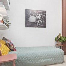 Фото из портфолио Яркие цветовые пятна в интерьере – фотографии дизайна интерьеров на InMyRoom.ru