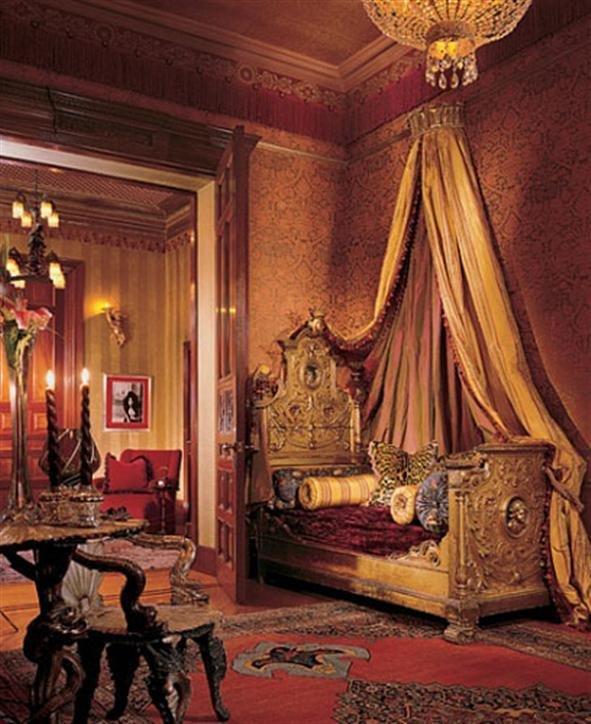 Фотография:  в стиле Классический, Современный, Дома и квартиры, Интерьеры звезд – фото на InMyRoom.ru