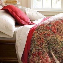 Фотография: Спальня в стиле Современный, Декор интерьера, Италия, Декор дома – фото на InMyRoom.ru